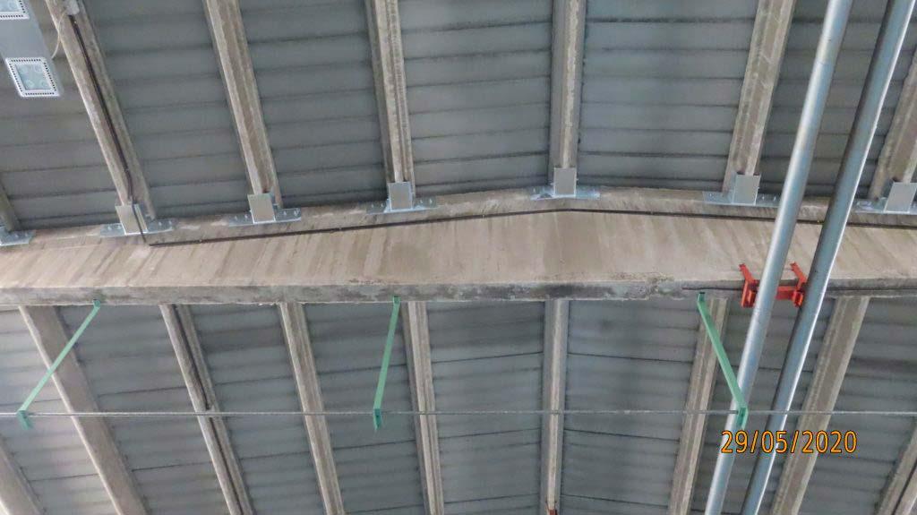tetto di capannone successivamente ad intervento antisismico