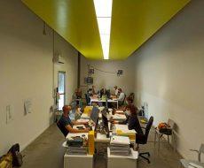 ufficio con lo staff di progettazione al lavoro
